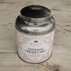 Vintage Cream Cake gross