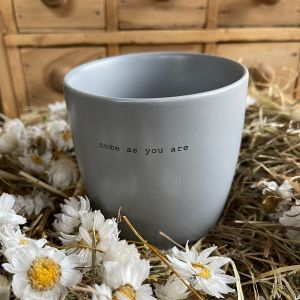 Henkeltasse come as you are grau