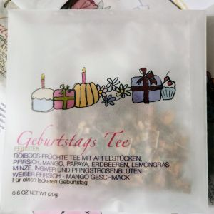 «Geburtstags Tee» in Cellophan Couvert